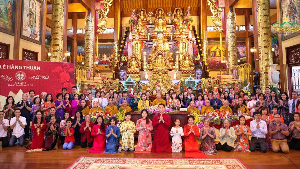 Lễ hằng thuận tại chùa Ba Vàng.