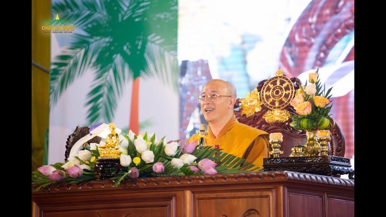 Thầy Thích Trúc Thái Minh.
