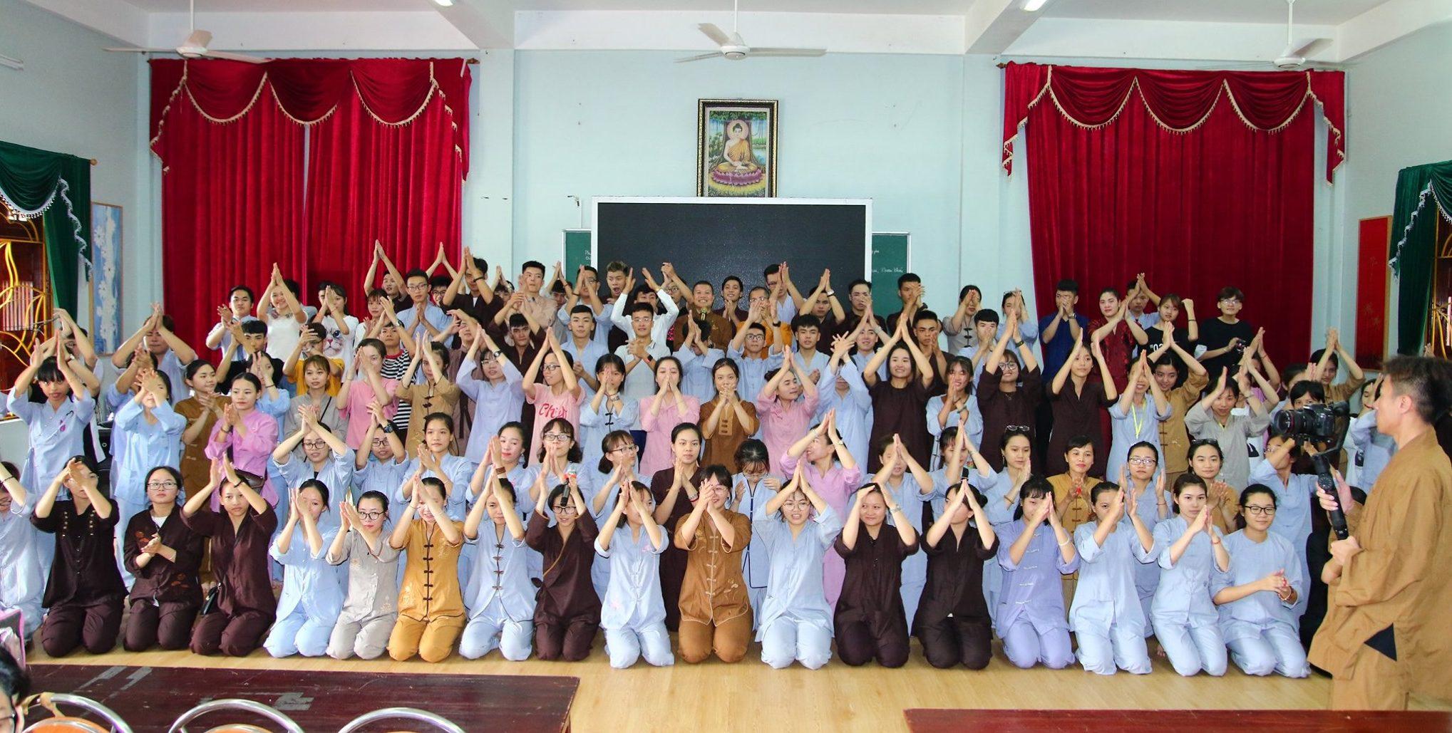 Gần 150 Tình Nguyện Viên Tham Gia Tập Huấn Khóa Tu Mùa Hè Chùa Ba Vàng 2019