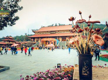 Một góc chùa Ba Vàng