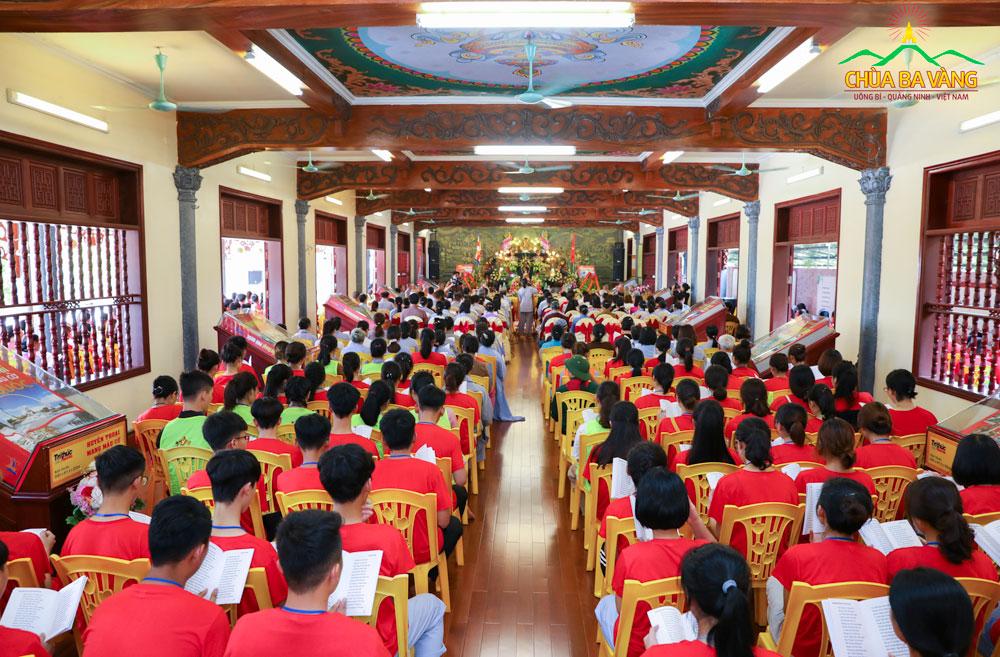 Đại Lễ tri ân anh linh các anh hùng liệt sĩ tại chùa Ba Vàng