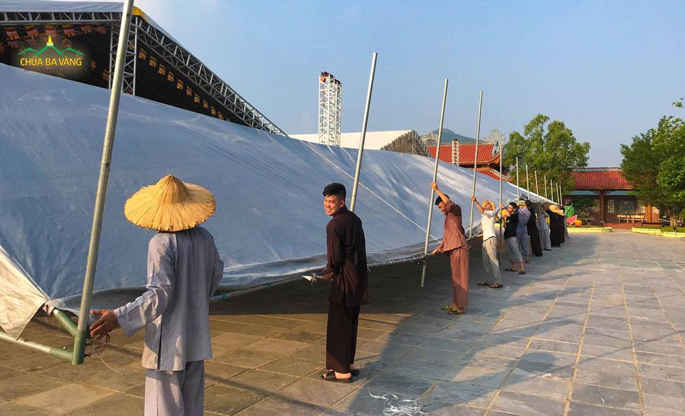 Tinh thần làm việc hoan hỷ của các Phật tử