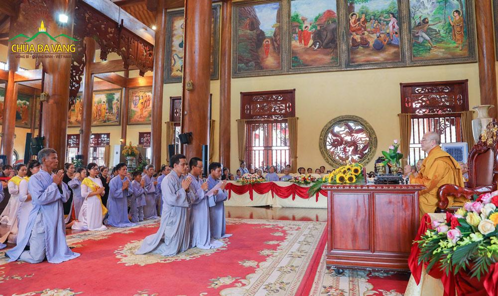 Phật tử thành kính dâng lời cảm tạ lên Sư Phụ Thích Trúc Thái Minh