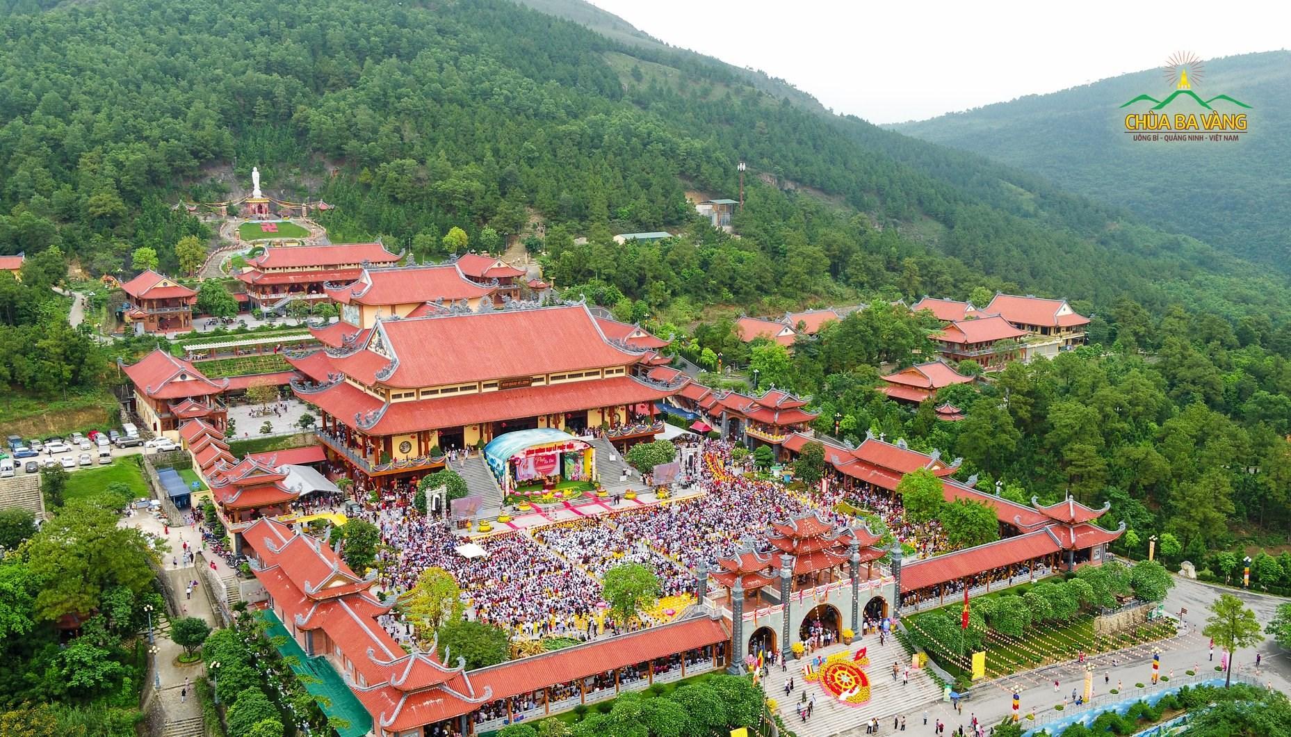 Chùa Ba Vàng - Uông Bí - Quảng Ninh