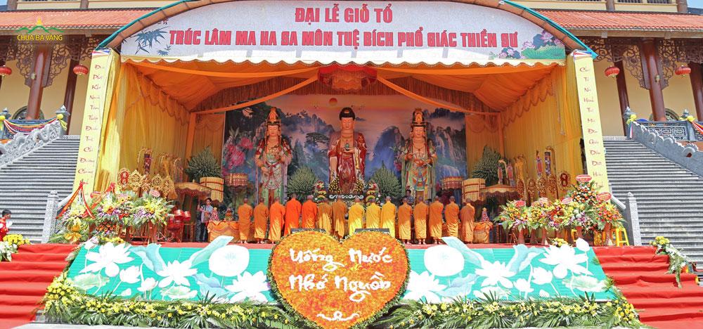 Đại lễ giỗ Tổ Trúc Lâm Ma ha Sa môn Tuệ Bích Phổ Giác Thiền Sư tại chùa Ba Vàng