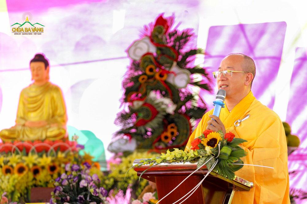 Sư Phụ Thích Trúc Thái Minh - Thầy nghiệp sư của Đại đức Thích Trúc Bảo Pháp đã ban huấn từ cho tân Trụ trì