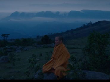Xúc động hình ảnh chư Tăng chùa Ba Vàng tu tập trong rừng cầu Thánh quả