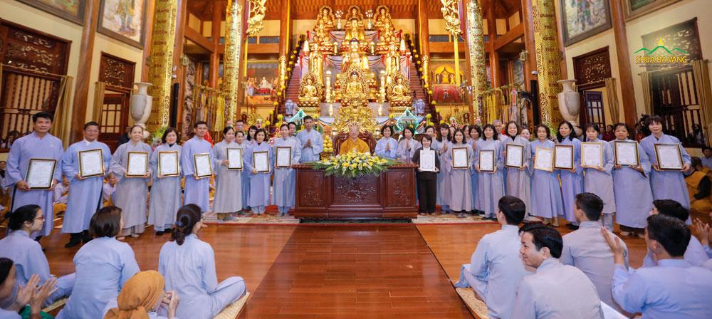 Lễ ra mắt 17 đạo tràng chùa Ba Vàng