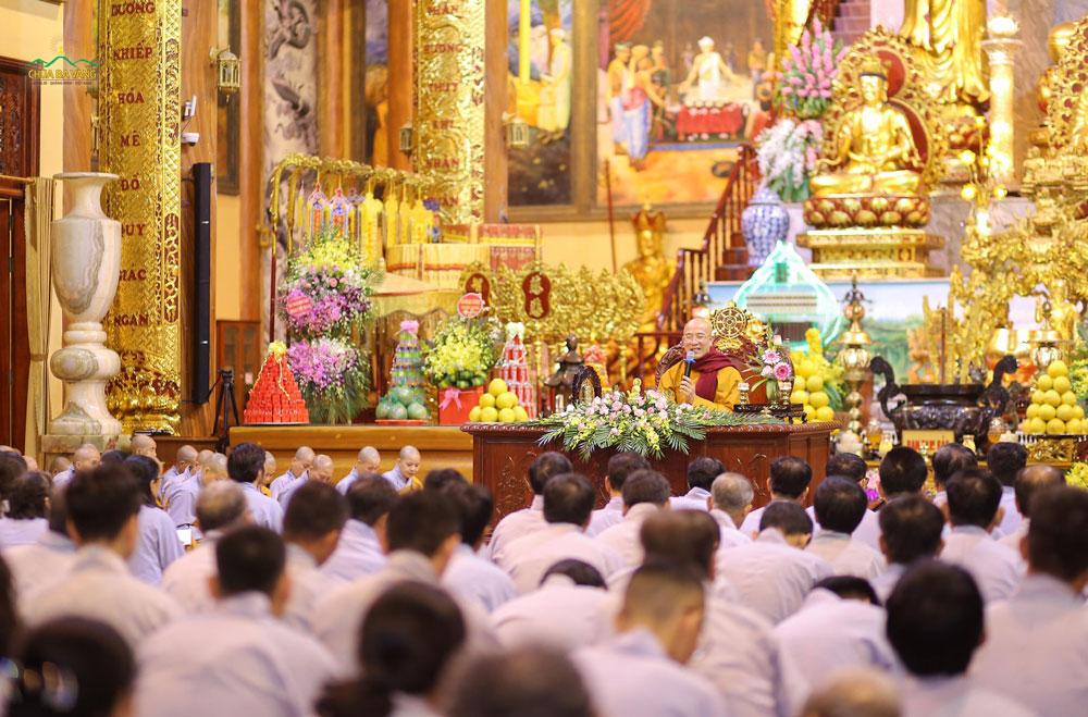 Sư Phụ tán thán tinh thần học Pháp của Phật tử