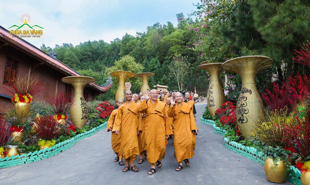 Sư Phụ mong mỏi chùa Ba Vàng sẽ trở thành ngôi nhà chung của tất cả mọi người