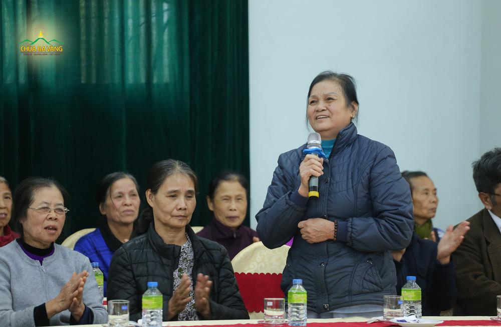 Cô Trương Thị Thành - người nấu cơm cúng dường tới Sư Phụ