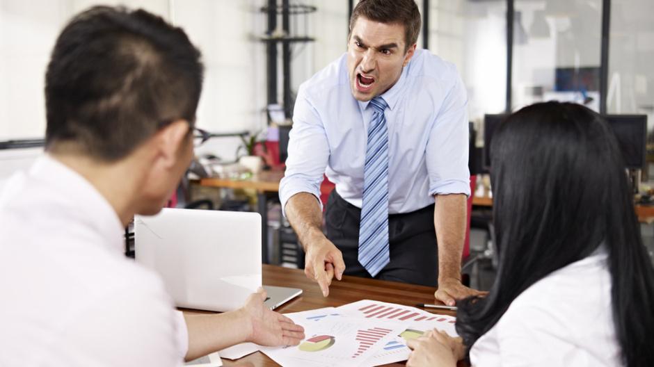 Người không kiềm chế cảm xúc sân giận được sẽ làm ảnh hưởng đến tinh thần của mọi người xung quanh