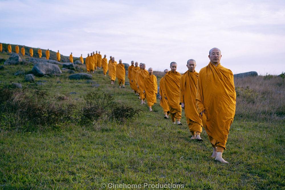 Chư Tăng chùa Ba Vàng tu tập trong rừng hồi hướng hóa giải nạn dịch bệnh covid - 19