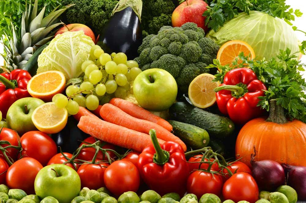 Trước tình trạng thực phẩm bẩn đang lan tràn trên thị trường, nhiều người đã chuyển sang ăn chay - chọn nguồn thực phẩm từ rau, củ làm thức ăn chính