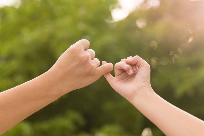 Hay hứa hẹn, viển vông với người khác là một trong những nguyên nhân dẫn đến mộng tưởng
