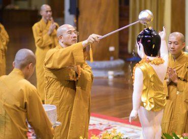 Hiểu về nghi thức lễ tắm Phật để tăng trưởng phước báu trong mùa Phật đản