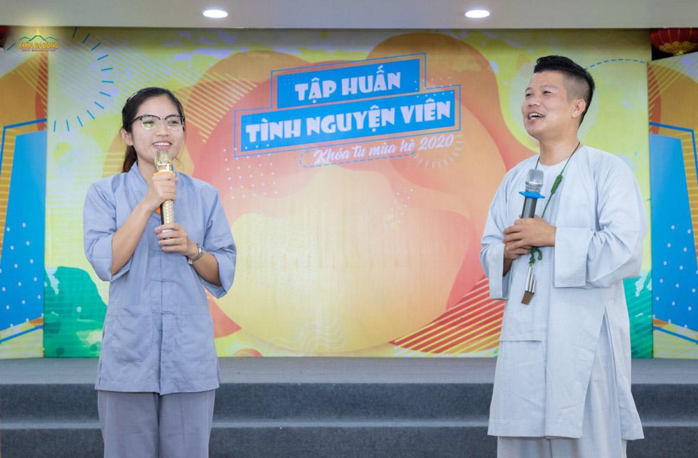 Nhạc sĩ Nam Chung - Người đã gắn bó với công tác tập huấn Tình nguyện viên xuyên suốt các Khóa tu mùa hè chùa Ba Vàng từ năm 2016 cho đến nay