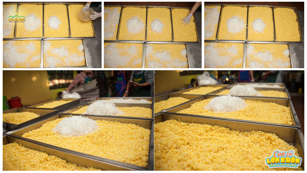 """Đậu xanh, dừa là những nguyên liệu làm nên nhân """"bánh bao Hạnh Phúc"""""""