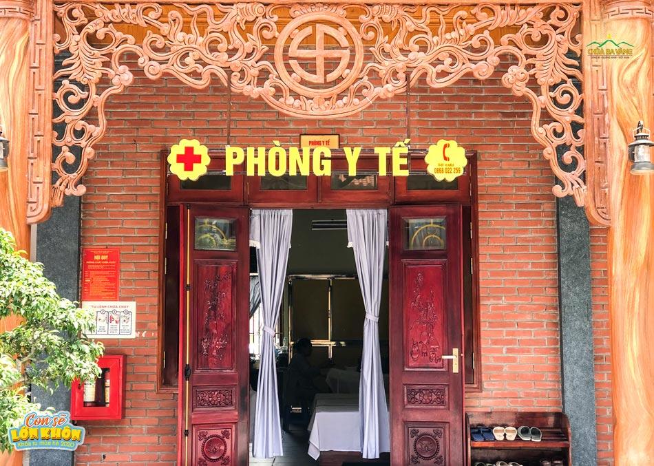 """Cánh cửa """"không bao giờ đóng"""" trong Khóa tu mùa hè chùa Ba Vàng"""