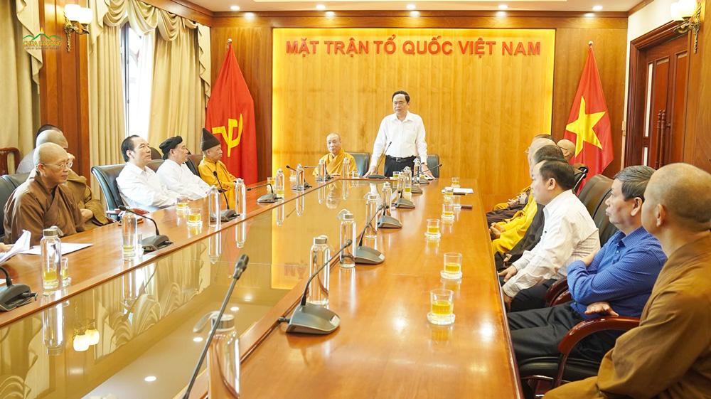 Đón nhận sự đóng góp của các phái đoàn, Bí thư Trung ương Đảng, Chủ tịch Ủy ban Trung ương Mặt trận Tổ quốc Việt Nam - ông Trần Thanh Mẫn rất hoan hỷ và gửi lời cảm ơn